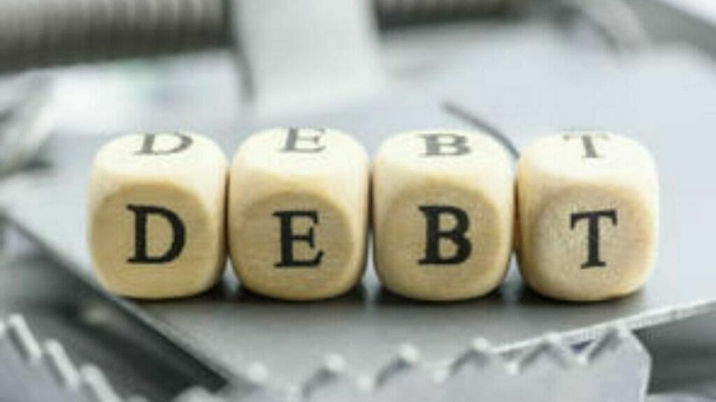 4 steps to get out of a debt trap
