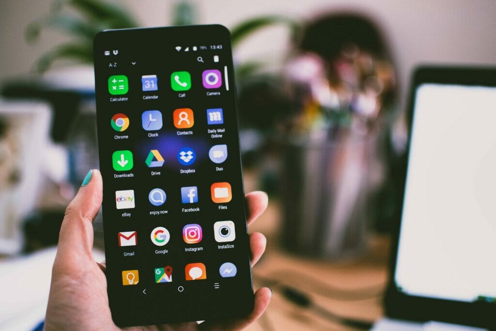 How to own a flagship smartphone every 3 years without credit card debt