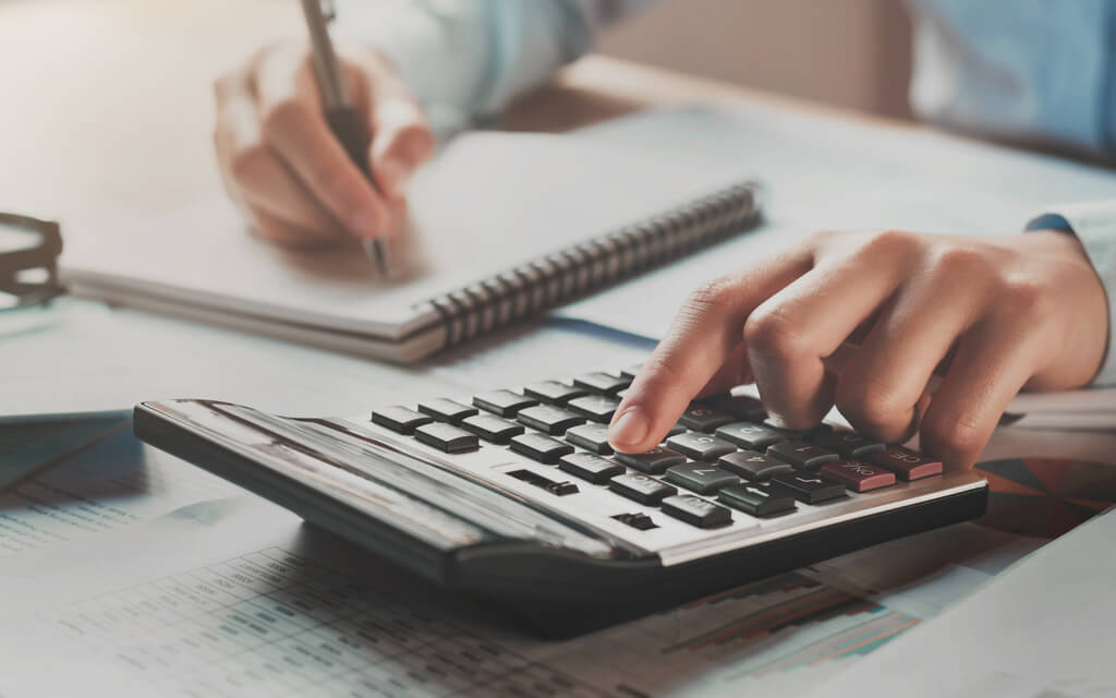 An easy seven-step monthly budget plan for you