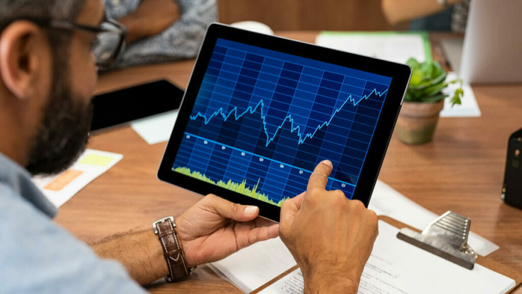 Markets continue upward trend in August, but risk management is critical now