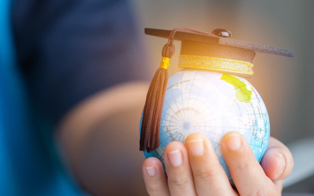 How to salvage your dream of studying abroad in these times ?