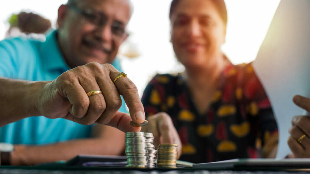Can your retirement portfolio depend only on fixed income returns?