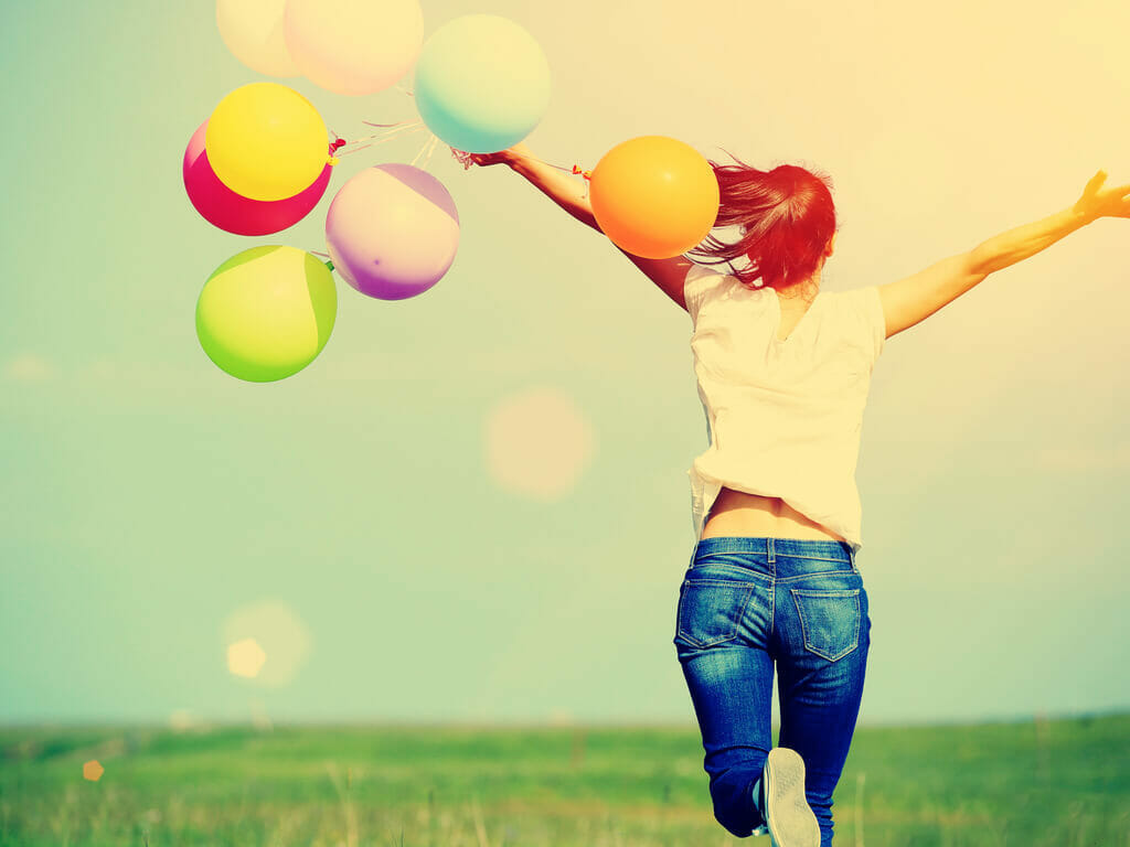 """6 Proven Ways To """"Buy"""" Happiness With Money"""