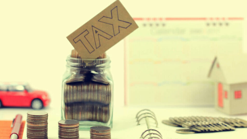 Do you pay higher tax in MF growth or dividend plan?