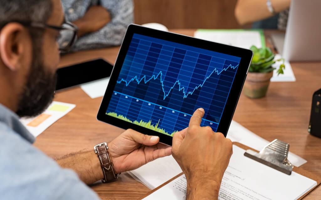 Markets rebound on FM announcement, economy yet to follow